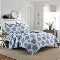 #LauraAshley Coral Coast Seawater Quilt Set. #BeddingStyle #beach #beachhouse #bedroom #bedding