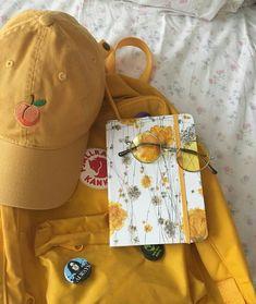 *yells in yellow*