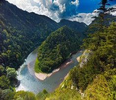 River Dunajec, Pieniny, Poland photo by Agencja BE