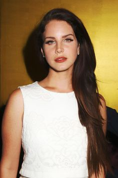 Lana Del Rey: one of my absolute favorite pictures of her <3
