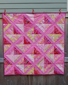 string pieced quilt, dimensional by drury girl Baby Girl Quilts, Girls Quilts, Scrappy Quilts, Easy Quilts, Pink Quilts, Quilting Projects, Quilting Designs, Charm Quilt, Baby Quilt Patterns