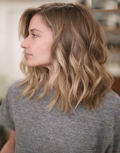Haircut ideas for shoulder length hair blonde balayage mid length, balayage hair blonde medium, Brown Blonde Hair, Short Blonde, Medium Blonde, Medium Hair Cuts, Curl Medium Hair, Loose Curls Medium Length Hair How To Do, Mid Length Hair With Layers Wavy, Medium Hair Length Styles, Should Length Hair Styles