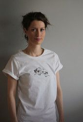 Armas Rullahiha t-paita. Luomupuuvillaa.Ladies Armas t-shirt. Ecologically and ethically produced. Organic cotton.