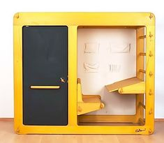 """Designed in 1975 by Luigi Colani for the German company Elbro, """"Rappelkiste"""" is made from beech and plywood."""