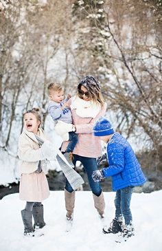 Winter family fun Family Portrait Outfits, Fall Family Photo Outfits, Family Portraits, Urban Family Photography, Winter Photography, Winter Family Pictures, Winter Pictures, Old Navy, Winter Fun
