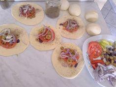 ΜΑΓΕΙΡΙΚΗ ΚΑΙ ΣΥΝΤΑΓΕΣ: Ελιόψωμα Αφράτα !!! Mexican, Breakfast, Ethnic Recipes, Morning Coffee, Mexicans