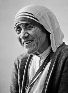 Mother Theresa: Saint