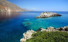 Holidays in Greek Islands. Hotels in Lemnos, Crete, Kefalonia Mykonos, Santorini, Greek Island Holidays, Creta, Sites Touristiques, Site Archéologique, Holiday Places, Greece Islands, Crystal Clear Water