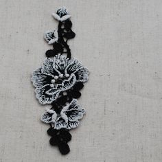 OrientalDirect.co.uk - Embroidery Floral Lace Trim Applique Motif - Off White Garden Rose Flower - Black, £0.99 (http://www.orientaldirect.co.uk/embroidery-floral-lace-trim-applique-motif-off-white-garden-rose-flower-black/)