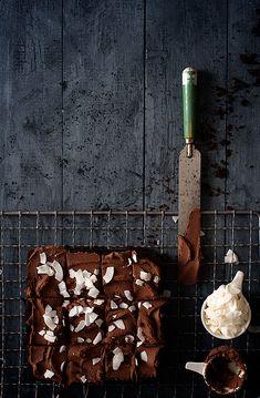 Brownie Saludable Sin Sin Sin (te dejará sin palabras) Croissants, Muffins, Cupcakes, Cookies, Healthy Eating, Chocolates, Food, No Sugar Desserts, Vegan Desserts