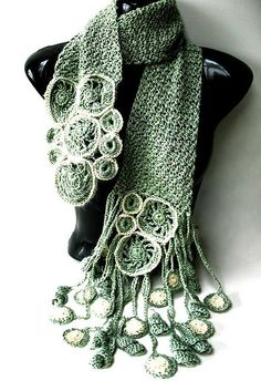 Crochet Scarf Design via PamT's pinboard; jointly made by myself and Jonelle Raffino, from the book 'Freeform Style': Verzauberung - enchantment by Prudence Mapstone - freeform - Shawl Crochet, Freeform Crochet, Crochet Geek, Crochet Scarves, Irish Crochet, Crochet Clothes, Free Crochet, Knit Crochet, Crochet Designs