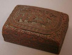 Boîte en laque rouge sculptée. Dynastie Ming. Photo ROIS Longueur : 15 cm - Estimation : 2000/3000€ Collection Lucien Lelong
