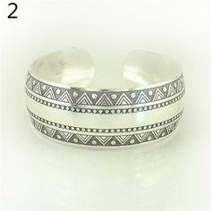 Elephant Tibetan Tibet Silver Totem Bangle Cuff Bracelet Gift (Color: Silver)