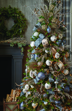 Holiday Dreams Christmas Tree. By RAZ Imports