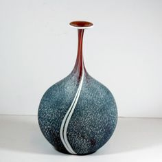Looking a bit like a Granite pebble This super flask is a one off made in the Ruskin Art Centre by one of our suppliers - this one it at the WOW Gallery Dorking and a bargain at only £95.