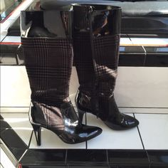 POSHFEST HP 11/7 Anne Klein houndstooth boots Black patent with houndstooth that can pass for dark grey or brown depending upon the lighting and what they are near. Worn twice. Model is akoriole. Fabric upper, man made sole. Very pretty!!! Ann Klein Shoes
