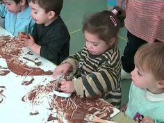ETAPA DEL GARABATEO DESORDENADO. (2-4 AÑOS) Una técnica diferente para pintar usando el chocolate liquido realizan distintas figuras.