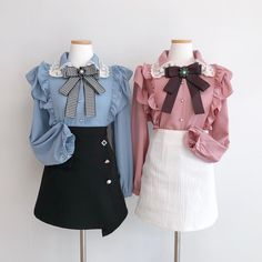 写真の説明はありません。 Twin Outfits, Kpop Outfits, Korean Outfits, Girly Outfits, Classy Outfits, Stylish Outfits, Cute Outfits, Kawaii Fashion, Cute Fashion