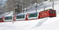Premiere: Mit der Erlebnisbahn exklusiv das The Chedi Andermatt erkunden. / Foto: Matterhorn Gotthard Bahn Andermatt, Swiss Railways, One Night Stands, Swiss Alps, Switzerland, Tours, Train, Pictures, Snow