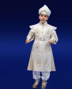 Sünnet-kıyafeti-Şehzade-Altın-Beyazı