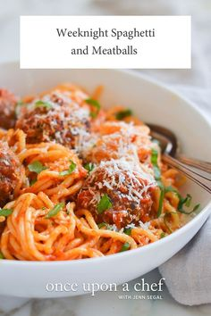 (TESTED & PERFECTED RECIPE) This spaghetti and meatball recipe is easy enough for a busy weeknight -- and it's a family favorite, too! Meatball Recipes, Beef Recipes, Italian Recipes, Healthy Recipes, Cooking Recipes, Spaghetti Recipes, Pasta Recipes, Spaghetti And Meatballs, Homemade Sauce