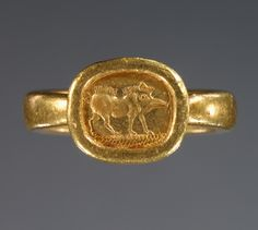 Graeco-Phoenician Gold Ring with Engraved Boar, 525-400 B.C., gold. The J. Paul Getty Museum, Malibu, California.