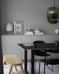 Dining room furniture ideas that are going to be one of the best dining room design sets of the year! Get inspired by these dining room lighting and furniture ideas! Dining Room Design, Dining Room Furniture, Furniture Ideas, Living Room Inspiration, Interior Inspiration, Gray Interior, Interior Design, Kitchen Family Rooms, Minimalist Home Decor