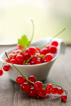 Red currants. Love them SO much! Back home, it was possible to get them fresh at the farmer's market.