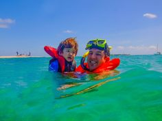Swimming with Turtles in the Tobago Cays. Is there anything better than diving into idyllic Caribbean waters surrounded by beautiful uninhabited islands? Turtle Swimming, Grenadines, Turtles, Caribbean, Outdoor, Beautiful, Tortoises, Outdoors, Turtle