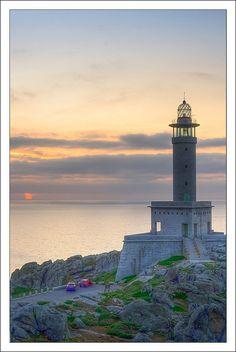 #Lighthouse - #Faro de Punta Nariga - S Pedro, Galicia, #Spain   by David GP - http://dennisharper.lnf.com/