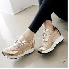huge discount 9b4a3 d19ea Compra Mujer zapatos Sandalias de plataforma estilo deportivo y comodo de  color dorado online   Linio México