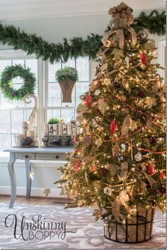 Christmas tree in a basket- great idea to make a fake tree seem real. 2013 #easyholidayideas