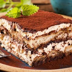 Tiramisu - The delightful tiramisu recipe with sponge Rngers soaked in coffee, layered around and smeared with a creamy mascarpone mixture. The word 'tiramisu' in Italian means 'pick-me-up'. Owing to its caffeine kick it sure does! No Bake Desserts, Just Desserts, Delicious Desserts, Yummy Food, Baking Recipes, Cake Recipes, Dessert Recipes, Italian Desserts, Italian Tiramisu