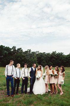 Je vriendinnen als bruidsmeisjes? Wat mag je er precies van verwachten? Check nu onze blog! // Foto: Suegraphy // Girls of honour