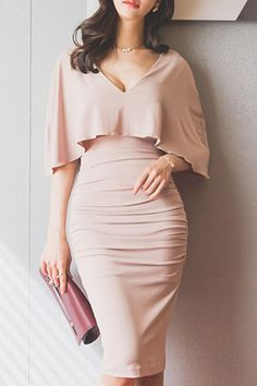 Look at how flattering this dress is! Stylish Plunging Neck Ruched Bodycon Cape Dress For Women Women's Dresses, Dress Outfits, Fashion Dresses, Formal Dresses, Sheath Dresses, Elegant Dresses, Summer Dresses, Wedding Dresses, Dress Clothes