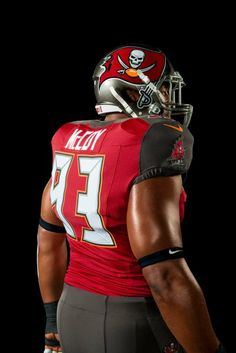 Tampa Bay Buccaneers and Nike Unveil New Uniform Design for 2014 5bec9e501