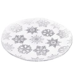 This Turkish glass platter will no doubt come in handy over the holidays. The artisanal shape, smooth surface and textured underside—with its silver-foil snowflake design—make it perfect for serving cookies, a cake or assorted hors d' oeuvres. Given the value, you can take it to a party filled with your foodie contribution, and leave it as a gift for the host.