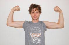 Biceps... gorgeous, gorgeous biceps...