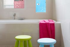 Shlocker: A Mini Shower Locker, Keeps Your Shampoo Safe From Your Roommates