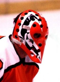 Flyers Hockey, Ice Hockey Teams, Hockey Games, Hockey Helmet, Hockey Goalie, Hockey Players, Nhl, Philadelphia Flyers, Goalie Mask
