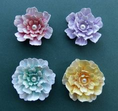 Wrinkled Flower Coloured With Distress Ink Tutorial - bjl