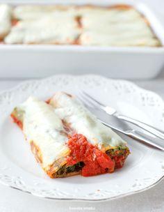 Cannelloni ze szpinakiem i brokułami zapiekane w sosie pomidorowym Lunch Recipes, Cooking Recipes, What's Cooking, Vegetarian Lunch, What To Cook, Food Porn, Vegan, Dinner, Poland