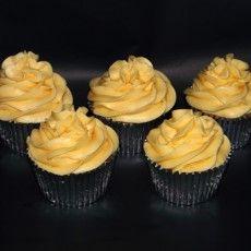 apple and custard cupcakes