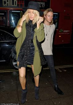 Ellie Goulding steps out for a romantic meal with beau Dougie Poynter Ellie Goulding, Dougie Poynter, Year Of Dates, Stepping Out, Together Forever, Celebrity Style, Duster Coat, Topshop, Punk