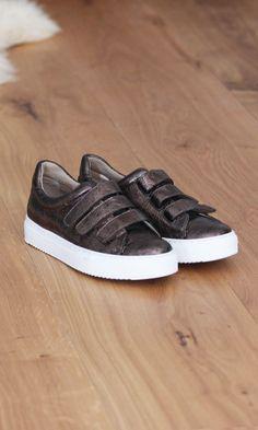 100% authentic 820c0 70c33 JULES   JENN - Les baskets à scratch cuir marron métallisé  fashion  mode