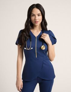 Tulip Top in Estate Navy Blue is a contemporary addition to women's medical scrub outfits. Shop Jaanuu for scrubs, lab coats and other medical apparel. Scrubs Outfit, Scrubs Uniform, Top Turquoise, Jaanuu Scrubs, Top Gris, Stylish Scrubs, Doctor Scrubs, Medical Scrubs, Nurse Scrubs