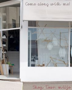 Simple shop window