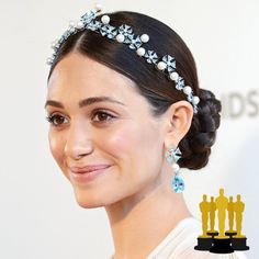 Emmy Rossum in Chopard's Disney Princess jewels @ Vanity Fair's 2013 Oscar Party. This is the Cinderella earrings and tiara. Headbands For Short Hair, Updo With Headband, Short Hair Updo, Short Wedding Hair, Wedding Updo, Short Hair Cuts, Short Hair Styles, Wedding Hairstyles 2014, Bride Hairstyles