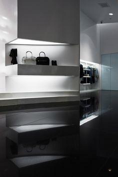 ♂ Retail commercial space design, contemporary and minimalist Capsula Multibrand Store