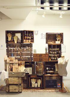 Jewellery display Ideas   International Visual